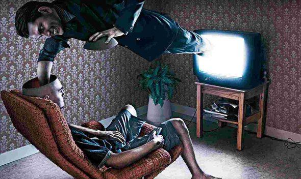 Như nào để đối phó với sự kiểm soát tâm trí xã hội